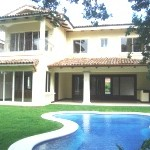 Anyone can buy property in Costa Rica. Anyone can become a real estate agent